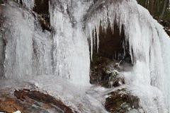 Djupfryst vattenfall Fotografering för Bildbyråer