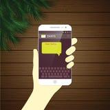 Kärt Santa Christmas meddelande vid den smarta telefonen Royaltyfri Bild