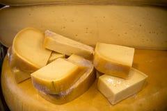 Käse an einem Markt Lizenzfreies Stockfoto