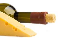 Käse und weißer Wein Lizenzfreies Stockbild