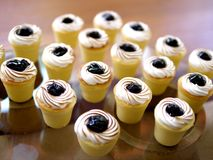 Käsekuchen-kleine Kuchen Lizenzfreies Stockfoto