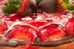 Käsekuchen mit Erdbeere-Glasur 2 Lizenzfreies Stockbild
