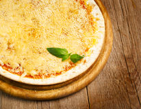 Käsepizza Stockfotografie