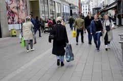 KÄUFER AM SONNTAG Lizenzfreies Stockfoto