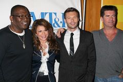 Jacksons Ryan Seacrest, Simon Cowell, Paula Abdul, kåta Jackson, William S Paley, William S. Paley Royaltyfria Foton