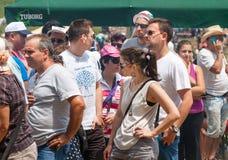 Köen för shoppingfestivalen Rozhen i Bulgarien Fotografering för Bildbyråer