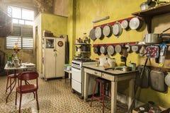 Kök i casaen Alonso Havana Fotografering för Bildbyråer