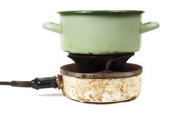 Kökkruka och spis Fotografering för Bildbyråer
