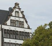 KÖLN, DEUTSCHLAND - 11. SEPTEMBER 2016: Bunte Häuser in der bayerischen Art in der alten Stadt von Köln, Nordrhein-Westfalen Stockfotos