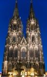 Köln-Kathedrale nachts Lizenzfreie Stockfotos