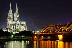 Köln-Kathedrale vom Rhein Lizenzfreie Stockfotografie