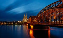 Köln nachts Lizenzfreies Stockfoto