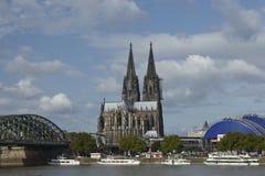 Köln - Skyline mit Köln-Kathedrale Stockbilder
