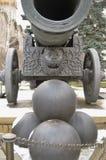 König Cannon - Zar-Kanone von Moskau der Kreml Farbwinterfoto stockfotos