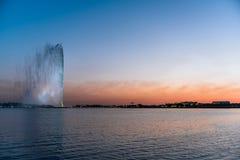 """König Fahd Fountain - Dschidda-Brunnen †""""Seestrand-Sonnenuntergang - Saudi-Arabien lizenzfreies stockbild"""