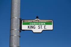 König Street East Sign Lizenzfreie Stockbilder