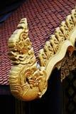 König von Naga auf Tempelgebäude Lizenzfreies Stockfoto
