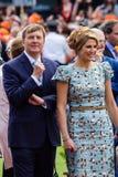 König Willem-Alexander und Königin MÃ ¡ xima der Niederlande, König ` s Tag 2014, Amstelveen, die Niederlande stockfotografie