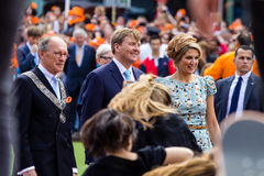 König Willem-Alexander und Königin Maximà ¡ der Niederlande, König ` s Tag 2014, Amstelveen, die Niederlande stockbild