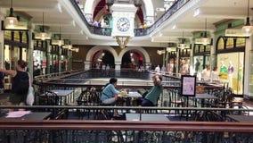 Königin Victoria Building Shops, Sydney, Australien stock video