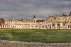 Königliche Ansicht des Palastes in Aranjuez stockfotos