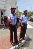 Königliche Grenada-Polizeibeamten in St- George` s, Grenada Lizenzfreies Stockfoto