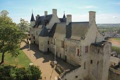 Königliche Unterkünfte an der Festung Chinon frankreich stockfotografie