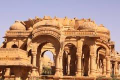 Königliches Chhatris oder Ehrengrabmals von Bada Bagh Lizenzfreies Stockbild