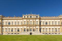 Königliches Landhaus in der Stadt von Monza stockfotos