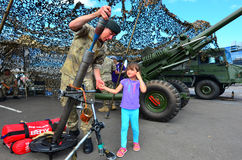 Königliches Regiment des Neuseeland-Artilleriesoldaten Stockbild