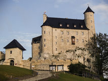 Königliches Schloss in Bobolice nahe Mirow, Polen Lizenzfreies Stockbild