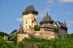 Königliches Schloss Karlstejn stockfotografie