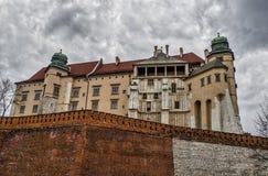 Königliches Schloss in Krakau Stockbilder