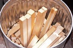 Können Sie voll vom Holz Stockbild