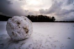 Können wir einen Schneemann errichten? lizenzfreies stockfoto
