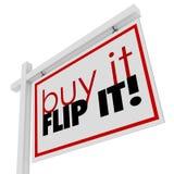 Köp det Flip It Words Home House som till salu Real Estate undertecknar Arkivfoton