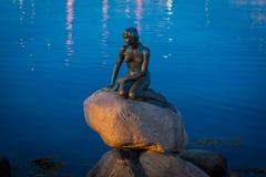 Köpenhamn Danmark - liten sjöjungfru fotografering för bildbyråer
