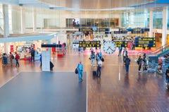 Köpenhamn för korridor för folkKastrup flygplats Arkivbild