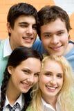 Köpfe des Teenagers Lizenzfreie Stockfotos