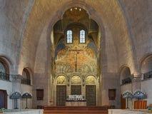 Kör och altare av den Engelbrekt kyrkan i Stockholm, Sverige royaltyfria bilder