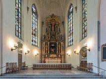 Kör och altare av Saint James kyrka i Stockholm, Sverige arkivbilder