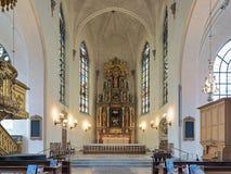 Kör och altare av Saint James kyrka i Stockholm, Sverige royaltyfri fotografi