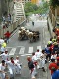 Köra av tjurarna i Pamplona Arkivbild