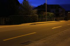 K?rbana i Schweiz under en natt royaltyfri fotografi