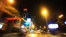 Körning av hastighet på natten arkivfilmer
