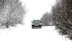 körning av vinter Arkivfoto