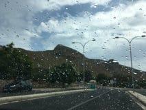 Körning på regnigt väder Royaltyfria Bilder