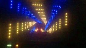 Körning till och med en ljus tunnel stock video