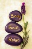 Körper, Seele, entspannen sich stockbild