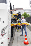 Körperbehinderterbus-Zugänglichkeitsplattform Lizenzfreies Stockbild